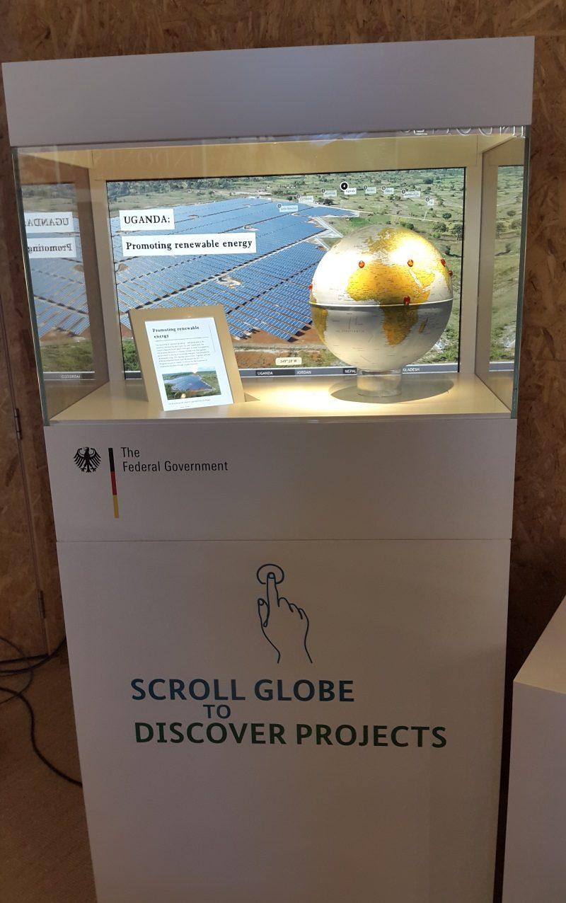 interaktive Vitrine auf der COP23 in Bonn