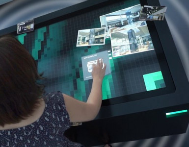 Personensensor –Multitouch Innovation für Messestände