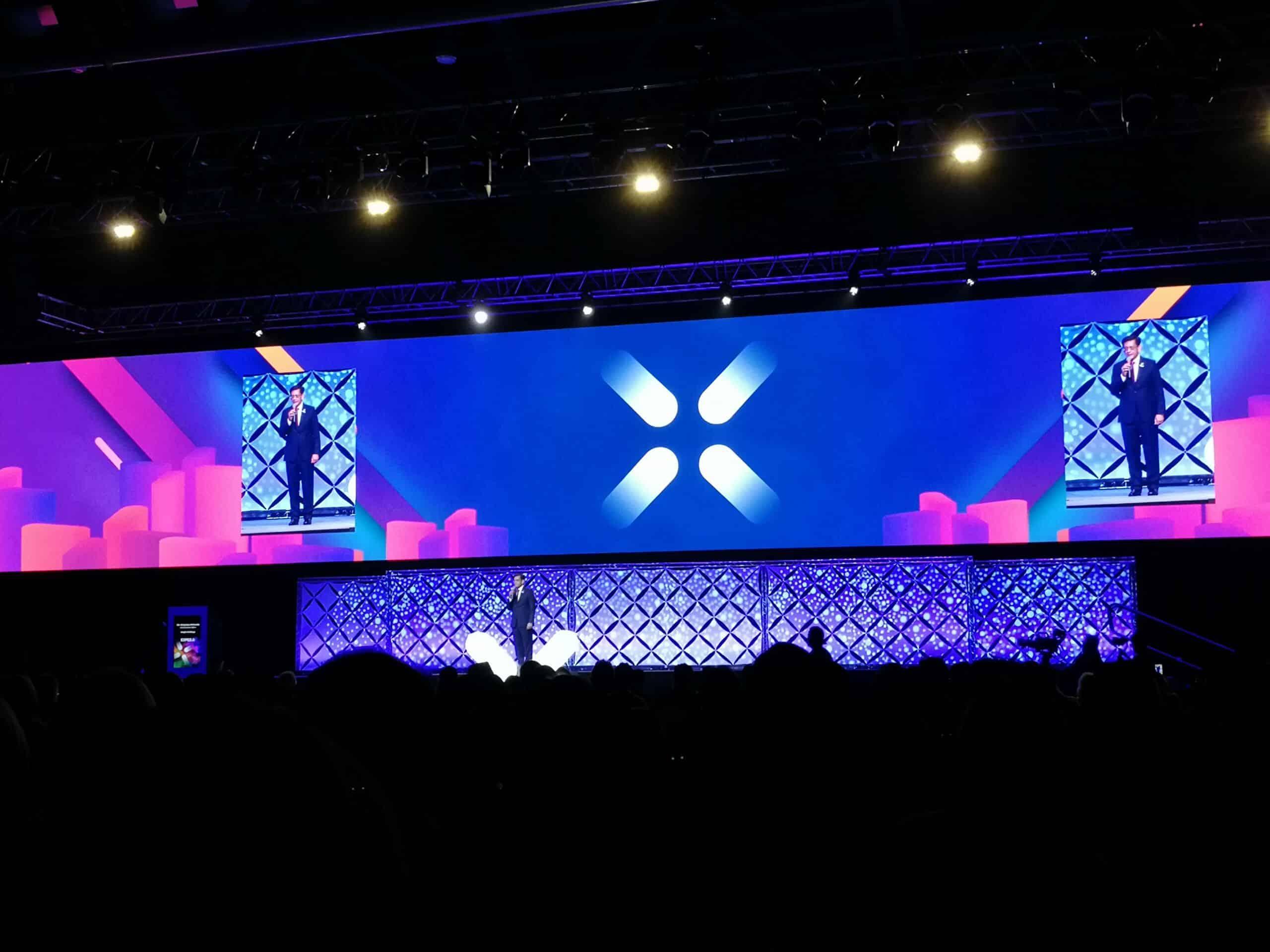 Hustle&Bustle Singapur Branchenverband SACEOS feiert zusammen mit SingEx