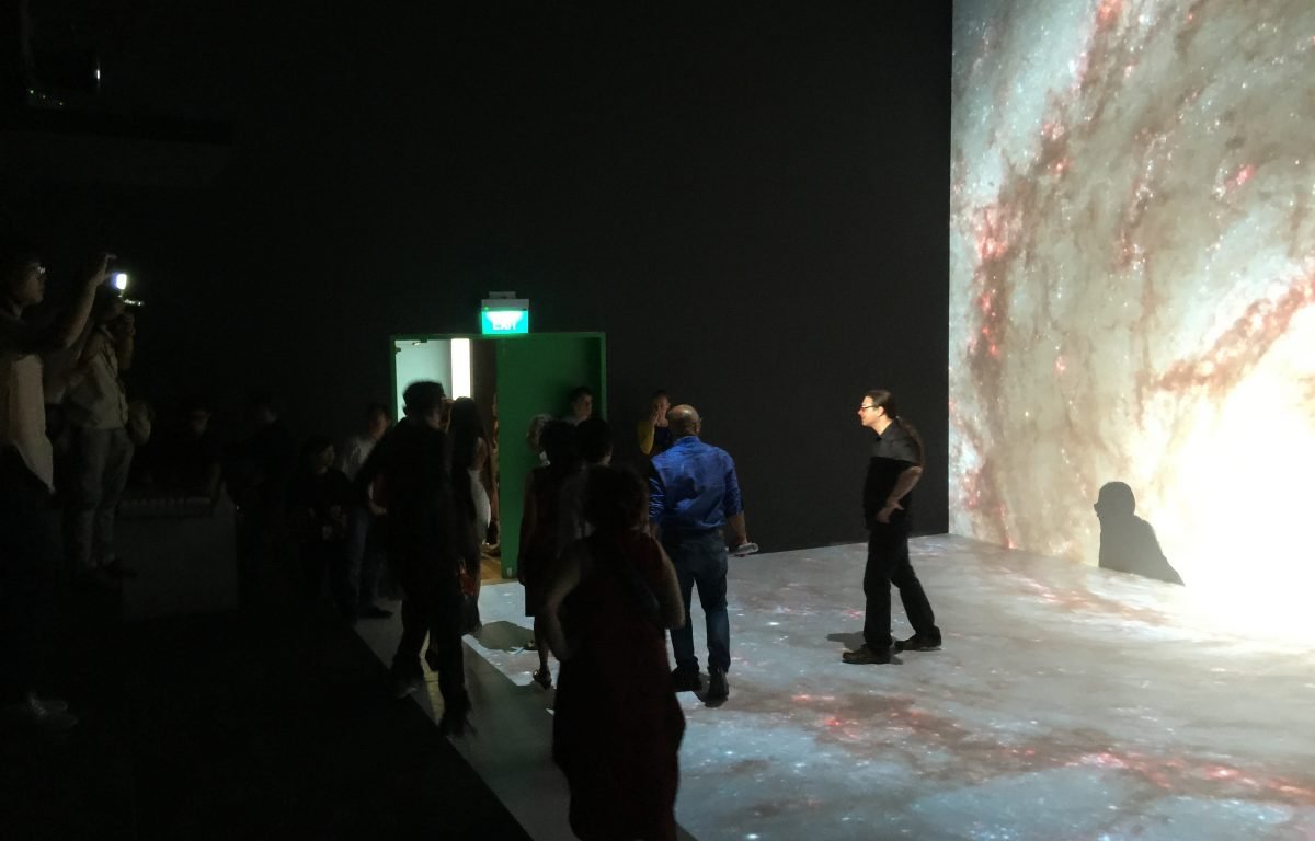 Walk-in room with eight 4K projections at the Ars Electronica Center
