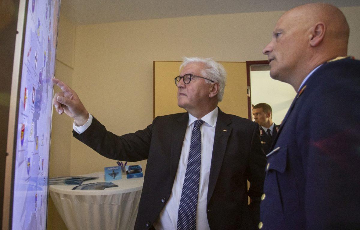 Bundespräsident besucht Luftwaffe