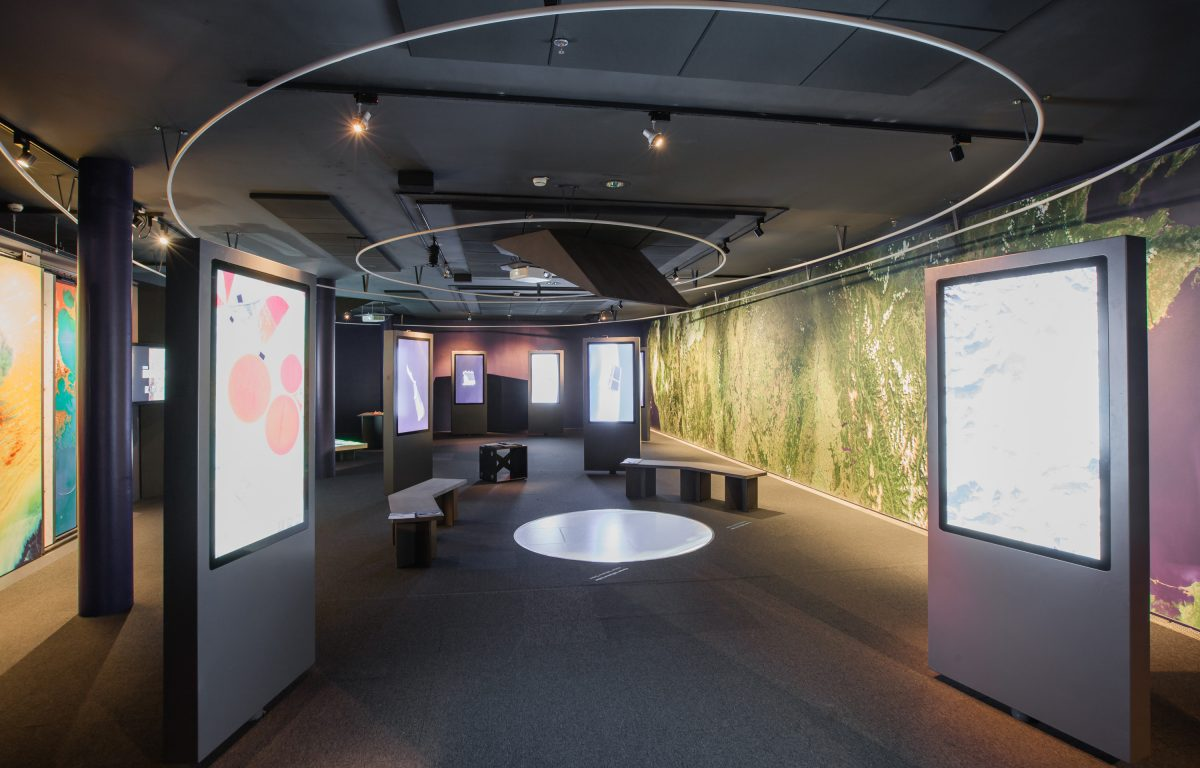 For the Ars Electronica Center, Ars Electronica Solutions developed an interactive exhibition for the ESA
