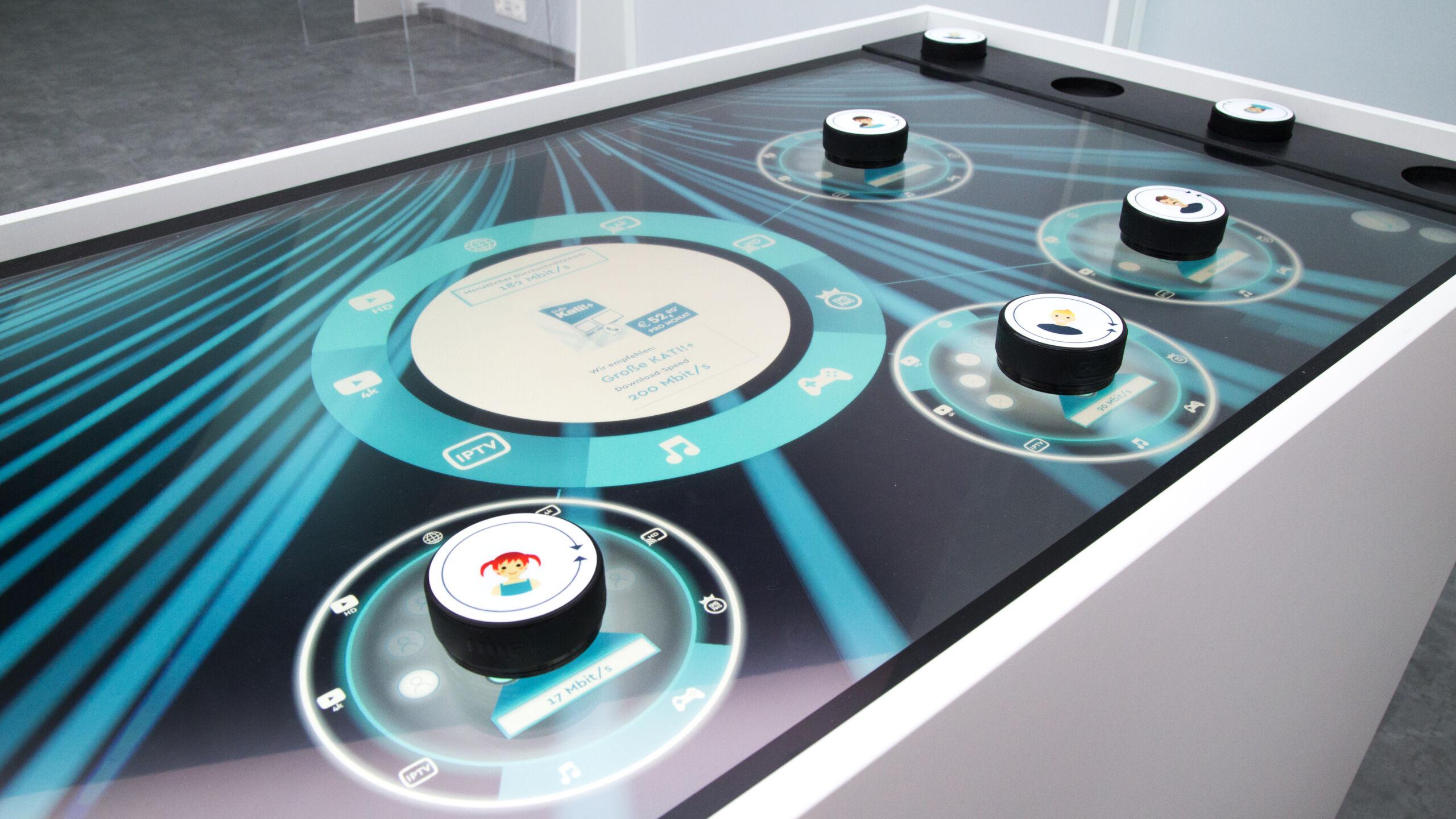 Produkt-Konfiguration auf Multitouch-Tisch mit kapazitiven Markern