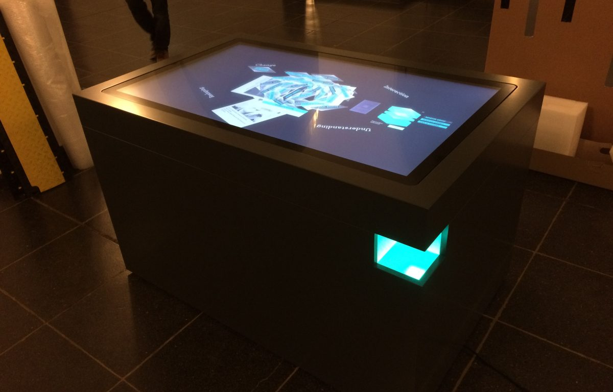 Touchscreen and LED illumination of the multi-touch scanner table