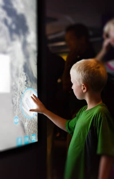 Multitouch-Screen Installation Kind